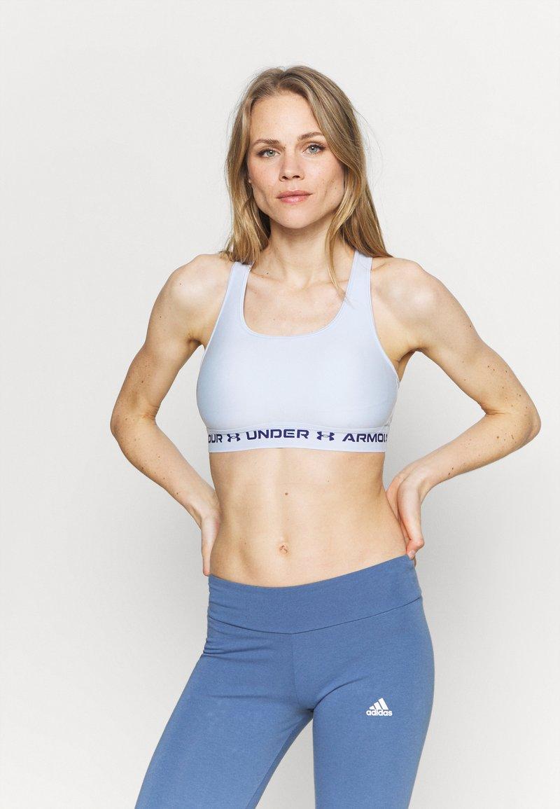 Under Armour - CROSSBACK MID BRA - Medium support sports bra - isotope blue