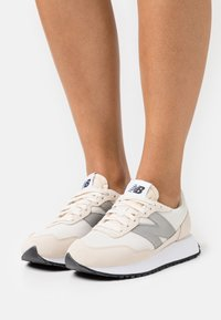 New Balance - WS237 - Trainers - sea salt - 0