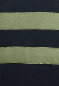 Lyle & Scott - ZIP WIDE STRIPE - Sweatshirt - dark navy - 6