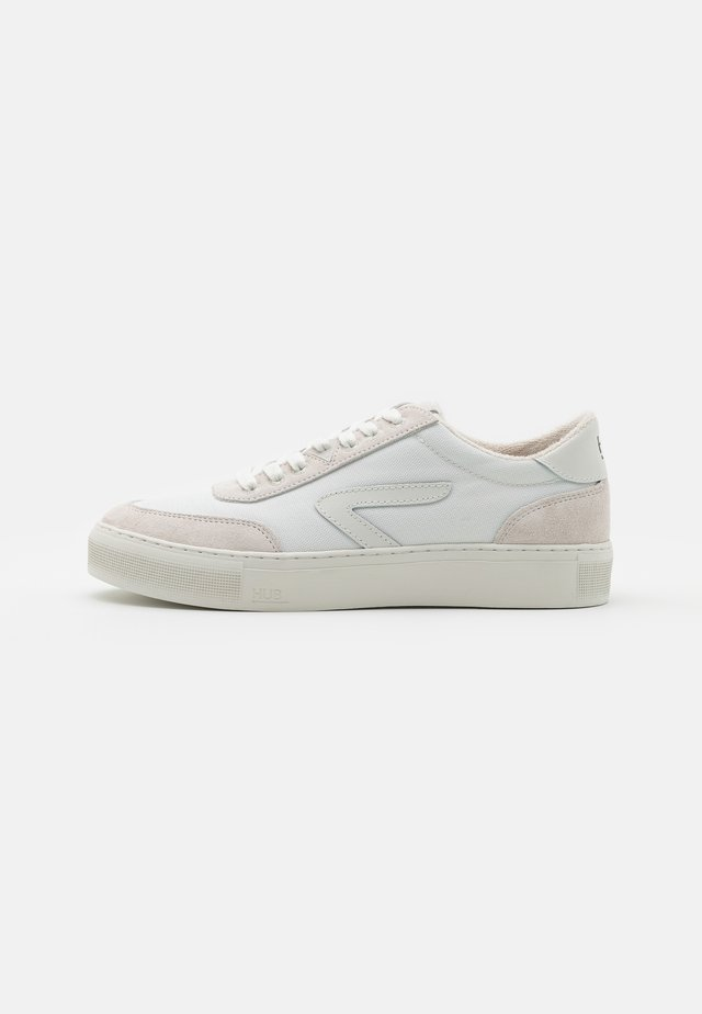 BREAK - Sneakers basse - white/offwhite