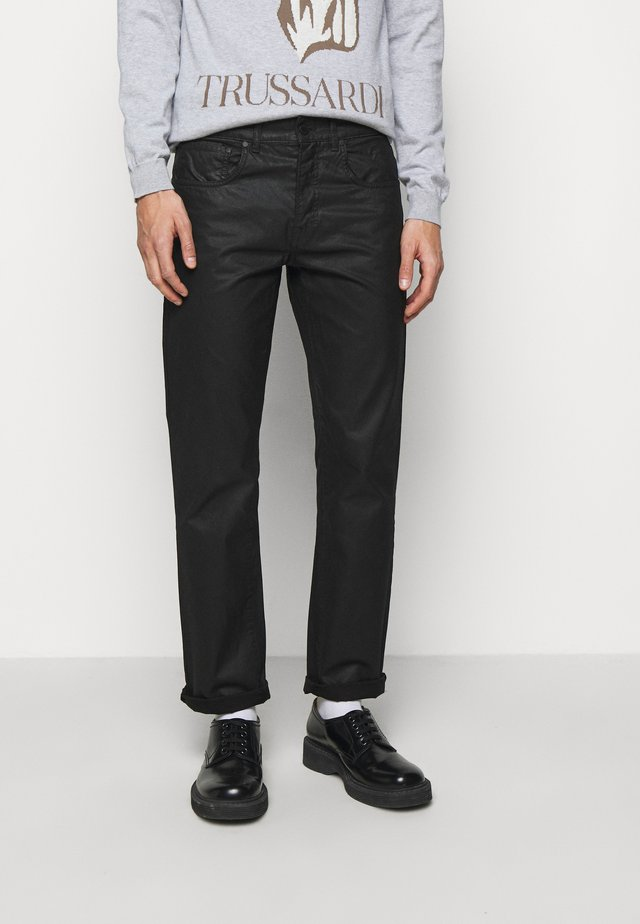 FIVE POCKET COATED - Jeans straight leg - black