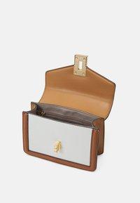 ALDO - THEALLIA - Across body bag - taupe combo - 2
