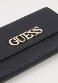 Guess - UPTOWN CHIC POCKET TRIFOLD - Peněženka - black - 3