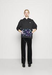adidas Originals - BELLISTA - Hoodie - black - 1