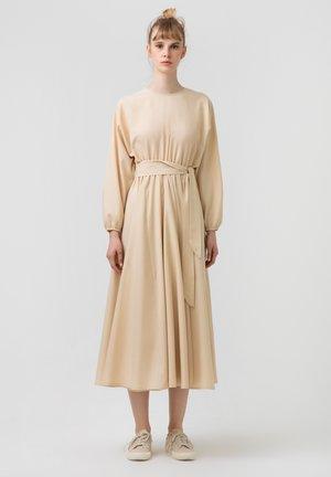 WITH BELT - Day dress - beige