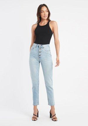 AU NASHVILLE BUTTONNED - Slim fit jeans - ya bleach