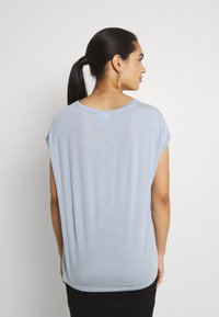 Vero Moda - VMAVA PLAIN  - T-shirt basic - blue fog - 2