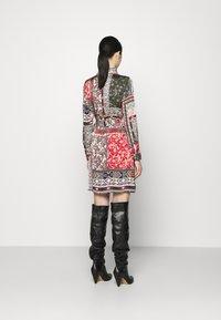 Vila - VIJOSE BLUME DRESS - Shirt dress - pine grove - 2