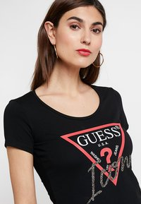 Guess - ICON TEE - Print T-shirt - jet black - 3