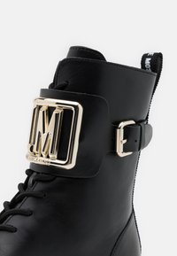 Love Moschino - DAILY - Cowboy/biker ankle boot - black - 6