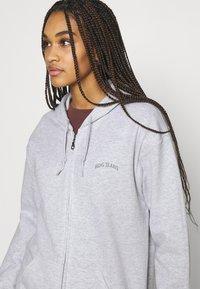 BDG Urban Outfitters - ZIP THROUGH HOODIE - Zip-up hoodie - grey marl - 3