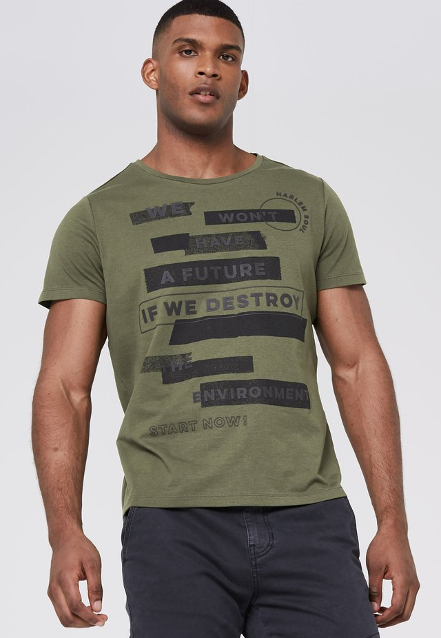 ARTWORK - Print T-shirt - olive