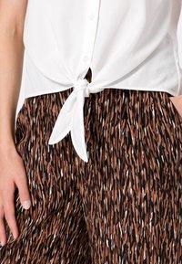 zero - Button-down blouse - offwhite - 3
