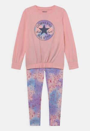 PRINT FILL CHUCK PATCH SET - Sweatshirt - storm pink