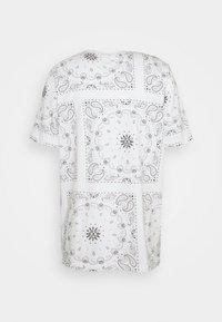 Puma - TEE - Print T-shirt - white - 1