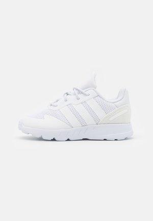 ZX 1K UNISEX - Trainers - footwear white