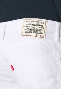 Levi's® - WELLTHREAD 502 - Jean droit - neutrals - 4