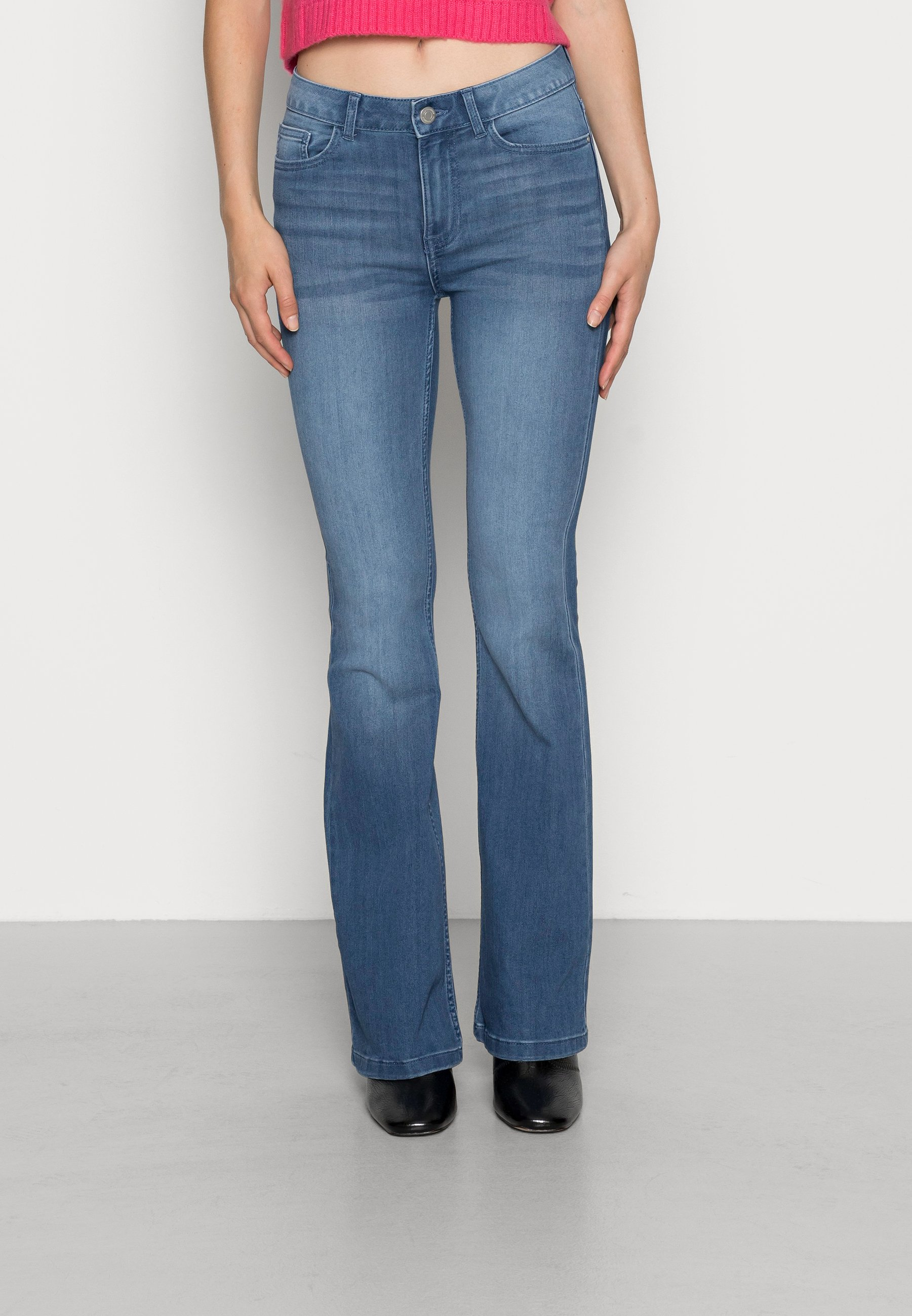 Damer VIFLAIR FLARED - Flared jeans