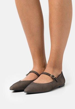 TYRA - Ankle strap ballet pumps - bolton