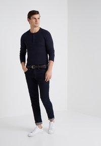 BOSS - TRIX - T-shirt à manches longues - dark blue - 1