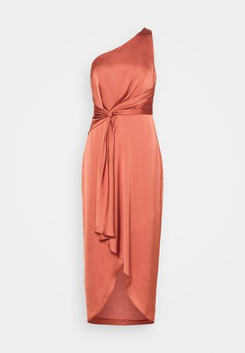 HAIDEE ONE SHOULDER DRESS - Cocktail dress / Party dress - rose rust