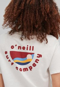 O'Neill - Print T-shirt - powder white - 2