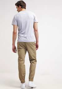 Carhartt WIP - MARSHALL COLUMBIA - Trousers - leather rinsed - 2