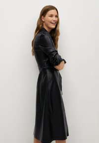 Mango - CINTIA - Shirt dress - schwarz - 2