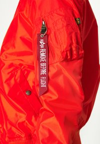 Alpha Industries - Bomber Jacket - atomic red - 5