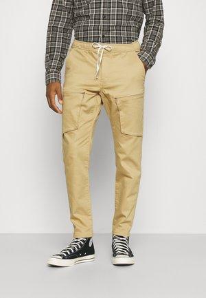 RRFRED PANTS - Pantaloni cargo - starfish
