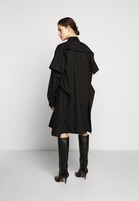 MM6 Maison Margiela - Košilové šaty - black - 2