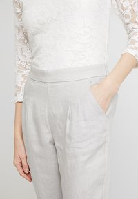 White Stuff - MAISON TROUSER - Trousers - grey - 4