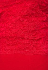 WAL G. - BRINLEY MIDI DRESS - Sukienka z dżerseju - red - 5