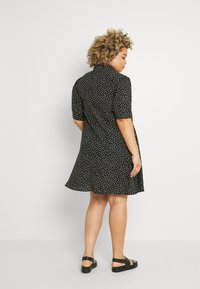 Glamorous Curve - MINI DRESS WITH COLLAR - Shirt dress - black - 2