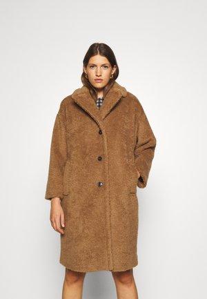 SALMONE - Winter coat - camel
