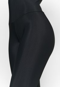 Onzie - LEOTARD - Gym suit - black - 6