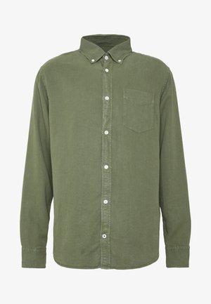 LEVON - Overhemd - leaf green