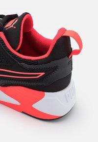 Puma - DISPERSE XT - Sports shoes - black - 5