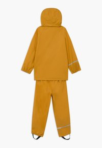 CeLaVi - BASIC RAINWEAR SET UNISEX - Waterproof jacket - mineral yellow - 1