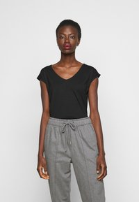 Anna Field Tall - 2 PACK - Basic T-shirt - black/white - 3