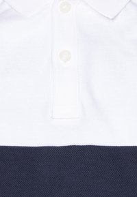 Tommy Hilfiger - COLORBLOCK FLAG - Polo shirt - white - 2