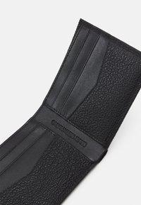 Calvin Klein Jeans - BILFOLD - Wallet - black - 3