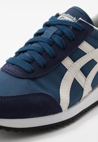 Onitsuka Tiger - NEW YORK UNISEX  - Sneakers basse - independence blue/oatmeal - 5