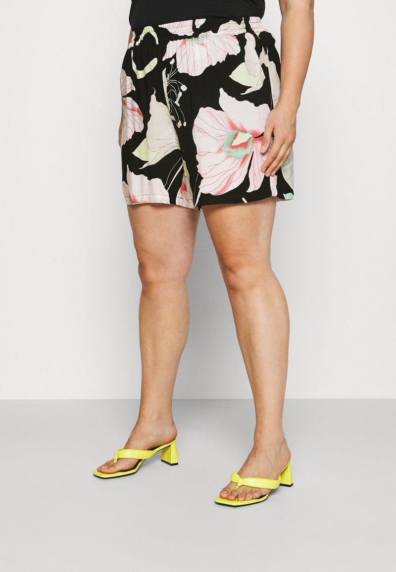 Zizzi - XLONELA - Shorts - black