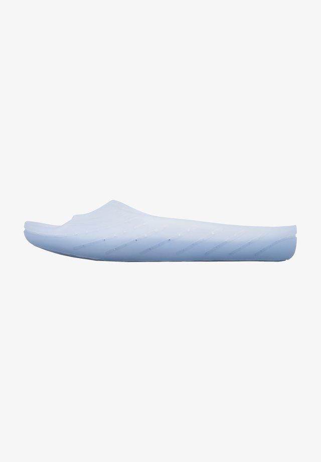 WABI - Sandales de bain - blau