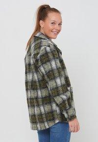 Noella - VIKSA - Short coat - grey green - 1