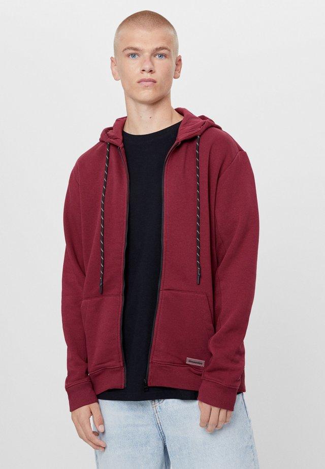 PLÜSCHJACKE - veste en sweat zippée - bordeaux