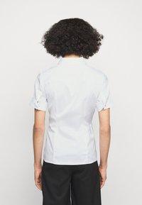 HUGO - ESHILA - Košile - white - 2