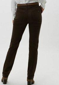 BRAX - STYLE MARY - Trousers - dark chocolate - 2