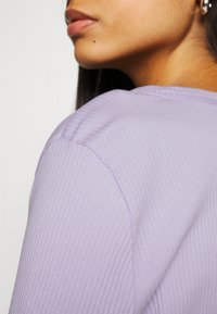 Noisy May - NMDRAKEY CROPPED CARDIGAN - Cardigan - pastel lilac - 5